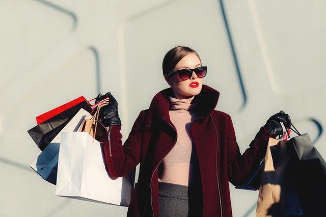 Czy warto wydawać więcej pieniędzy na ubrania?